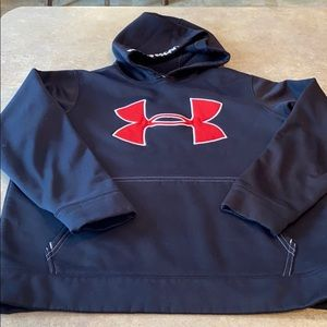 Boys Undet Armour sweatshirt size youth medium